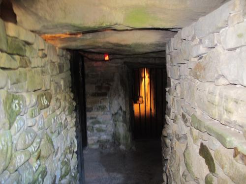 monument knowth in ireland